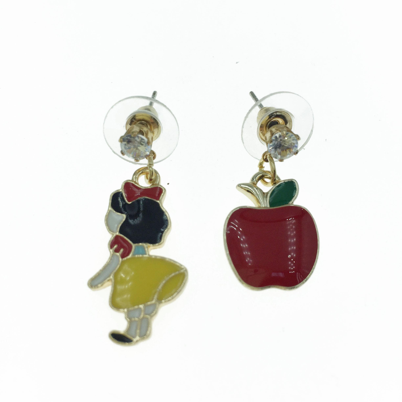 925純銀 白雪公主 紅蘋果 不對稱 耳針式耳環