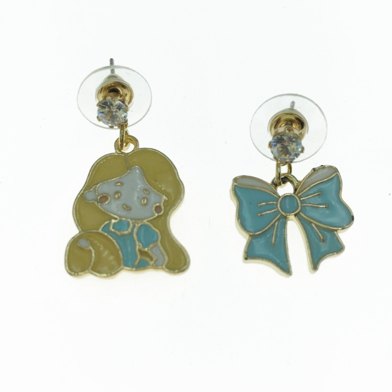 925純銀 女孩 蝴蝶結 造型 不對稱 耳針式耳環