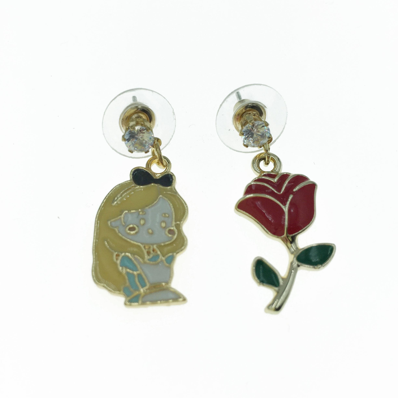 925純銀 小女孩 玫瑰花 造型 不對稱 耳針式耳環