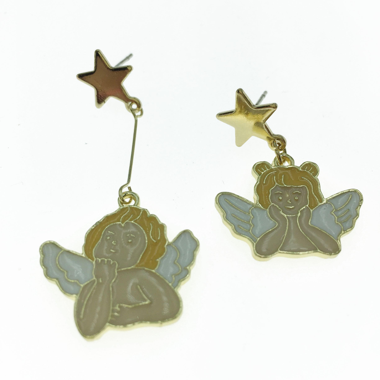 925純銀 天使 造型 不對稱 耳針式耳環