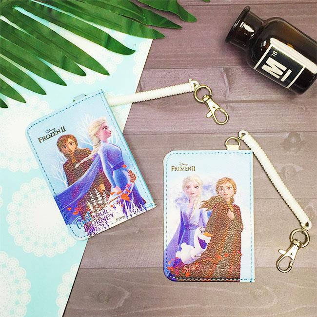 票卡套 迪士尼 冰雪奇緣2 直式 票卡夾 證件套 兩款 正版授權