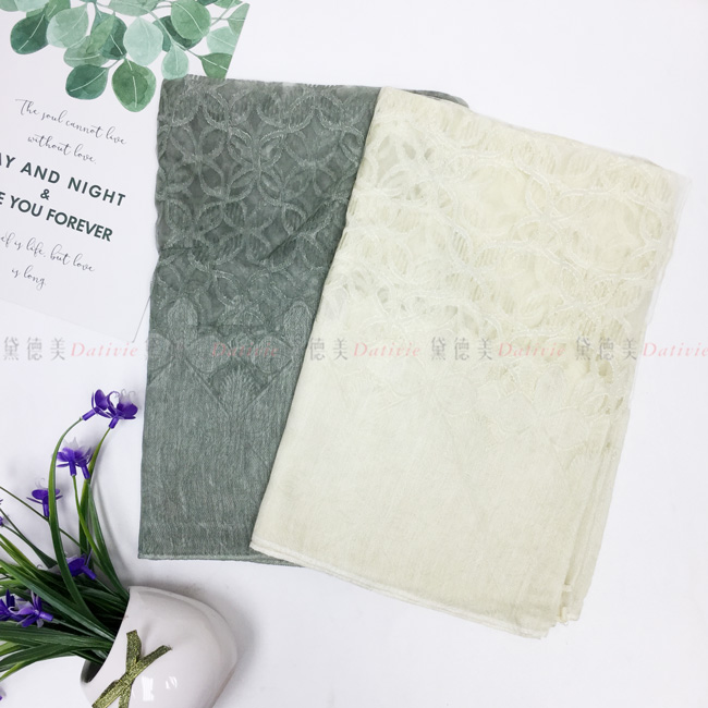 刺繡圍巾 薄圍巾 薄絲巾 滿版 花朵 刺繡 兩款