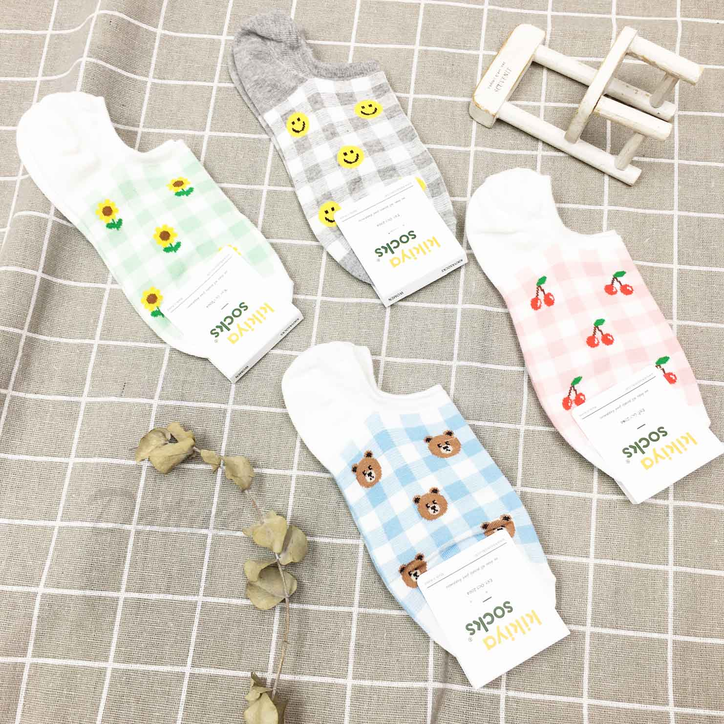 韓國襪 格紋 花 熊 櫻桃 笑臉 防滑襪子 船襪